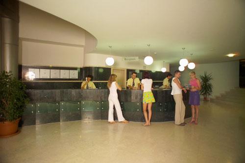 <a href='/turkey/hotels/ArycandaDeLuxe/'>Arycanda De Luxe 5*</a>*