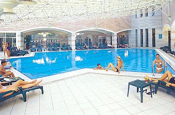 Club Mega Saray HV1