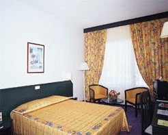 Adonis Hotel 5*