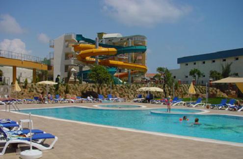 Alaiye Resort 4*