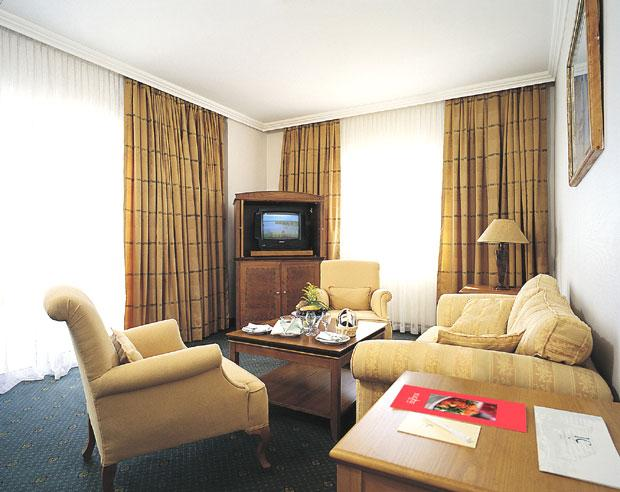 IC Hotels Santai 5*