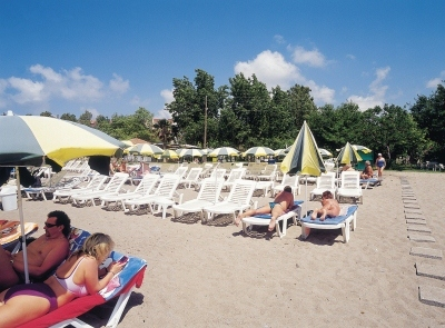 Gardenia Beach 4