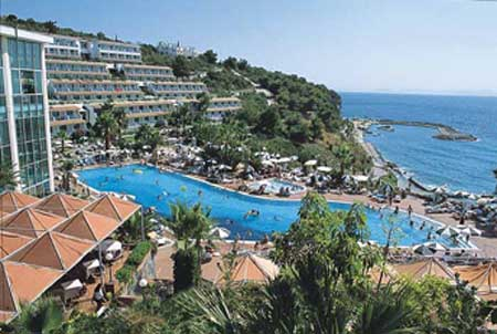 Pine Bay Holiday Resort 5*